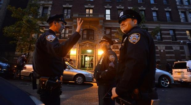 new_york_city_diagnoses_first_ebola_case_01
