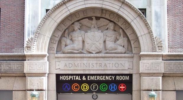 new_york_city_diagnoses_first_ebola_case_02