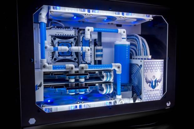 Snef Computer Design Unveil The Amazing Rigid Tubed Icy