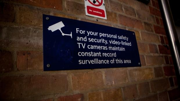 uk-surveillance-chief-cctvs-over-many-useless_01