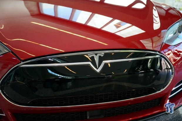 tesla-unveil-model-3-vehicle-priced-35-000-march-2016_30