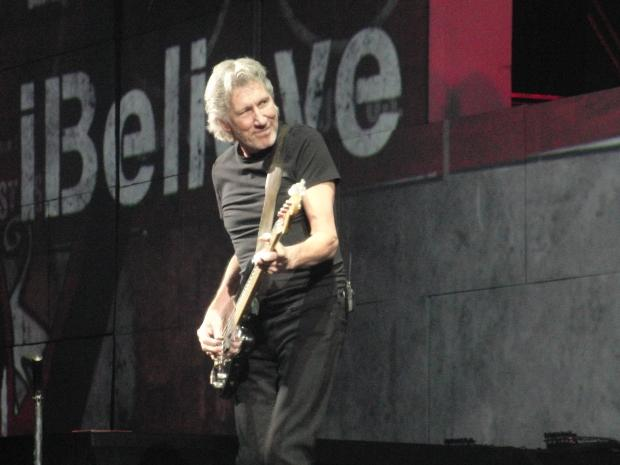 pink-floyd-speaks-against-streaming-music-angry-tech-firms_01