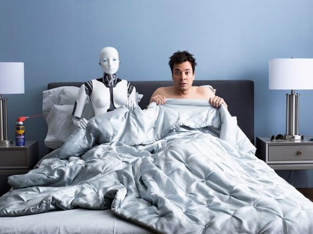 robot-revolution-happening-people-seem_01