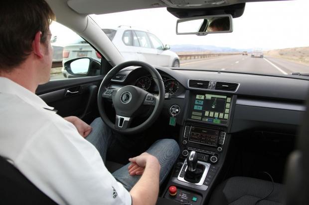 survey-millennial-men-idea-autonomous-vehicle-technology_01