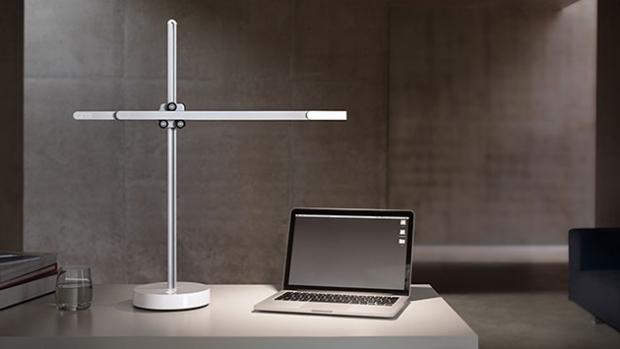 dysons-new-lamp-run-37-years-thanks-amazing-design_02
