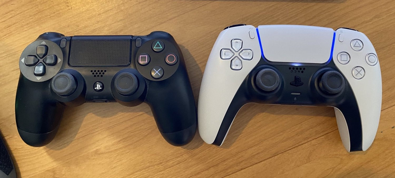 Playstation 5 Dualsense Vs Ps4 Dualshock Side By Side Size Comparison Tweaktown