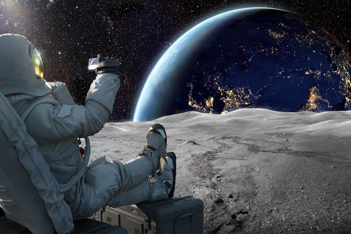 NASA Brings Internet To The Moon