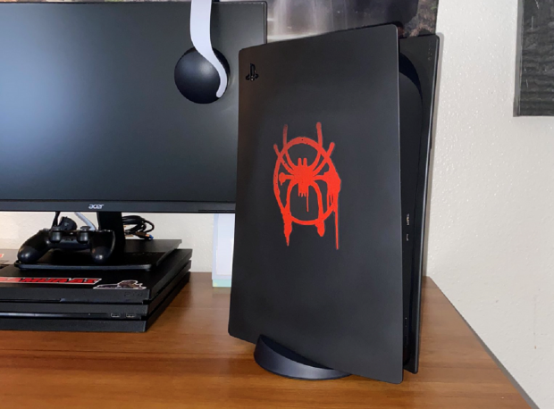 Check out this awesome custom Spider-Man Miles Morales PS5