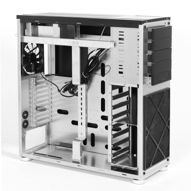 cubitek_turning_more_heads_with_all_aluminum_pc_cases