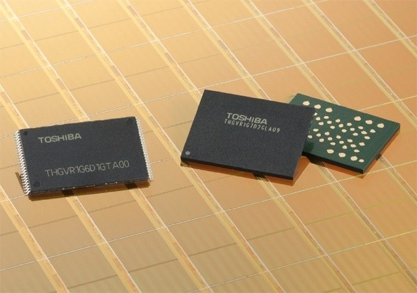 toshiba_debuts_smartnand_latest_addition_to_nand_flash_portfolio