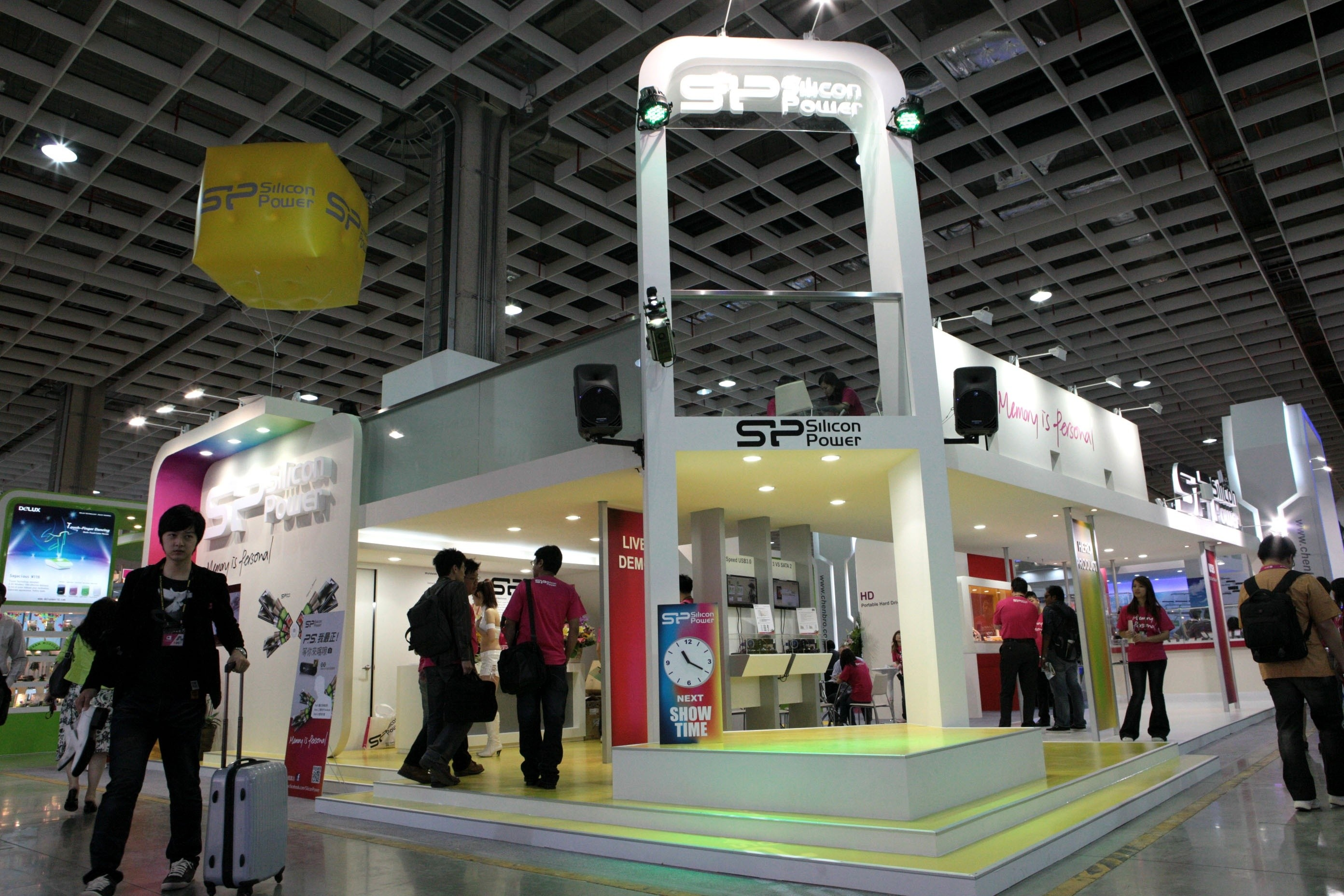 sp_silicon_power_the_most_eye_catching_booth_in_computex