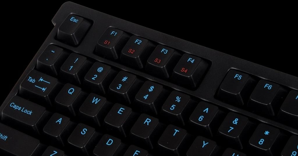 tt_esports_unveils_the_knucker_pro_gaming_keyboard