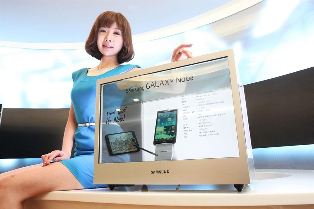 samsung_electronics_launches_led_square_display_and_transparent_display
