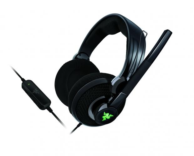 razer_carcharias_headset_redesigned_for_the_xbox_360
